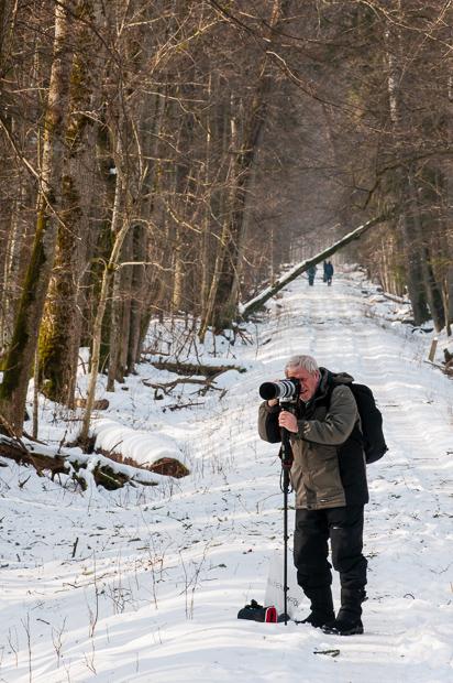 Workshop participant, Chris, lining up a shot.